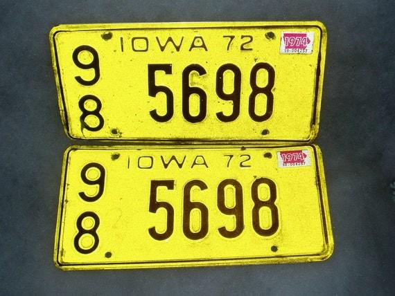 Car License, 1972 Matched Pair, Iowa, Worth County, Iowa Hawkeye Colors