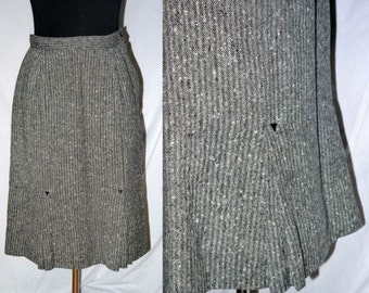 Stella stomps at the Savoy ... vintage 40s flecked skirt / wool pencil skirt / front kick pleats / swing lindy rockabilly ... XS S  waist 26