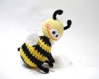 Amigurumi Bee Tutorial : Items similar to PATTERN ONLY Crocheted Stuffed Bumble Bee ...
