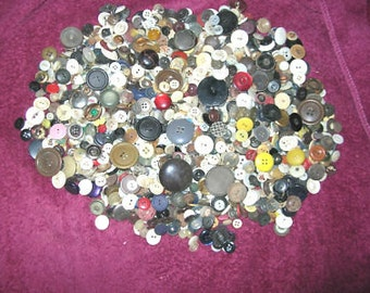 Mixed Lot 3lb Old Vintage Buttons