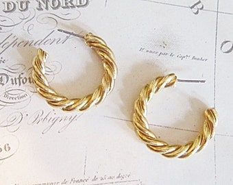 Vintage Gold Hoop Pierced Earrings