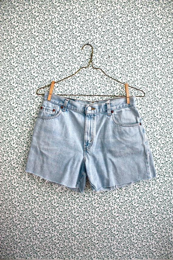 high waist Levi cutoffs / light wash shorts 30""
