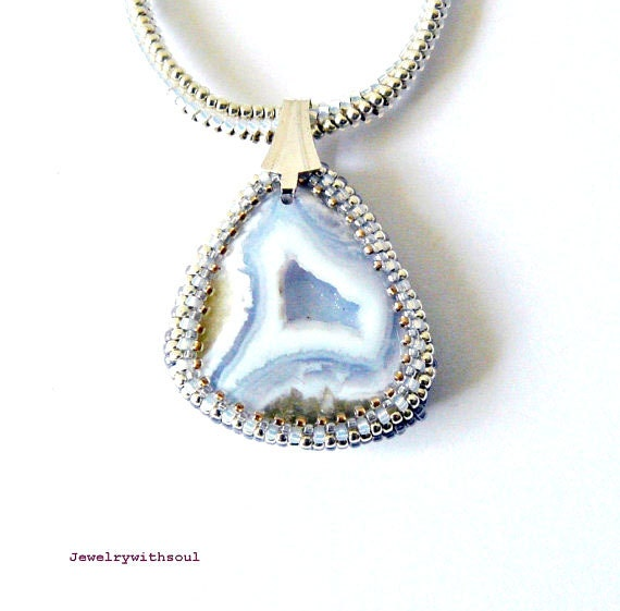 Druzy blue lace agate geode pendant necklace with beadwoven rope in opal white, silver and light grey blue - Ice crystals