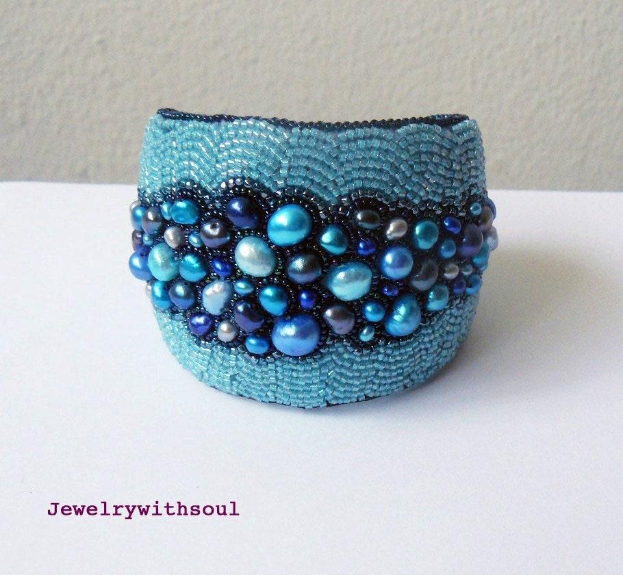 Blue freshwater pearl bracelet bead embroidery cuff cyber