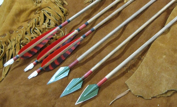 Traditional Port Orford cedar hunting arrows with plastic nocks. 125 gr Zwickey steel hunting points