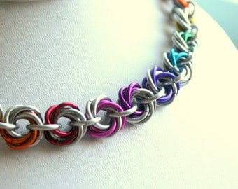 Nekclace Rainbow Petal Maille or Love Knot 16 inches