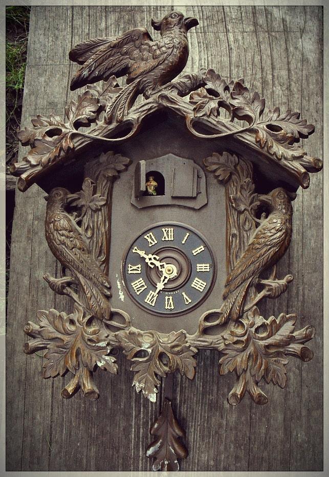 Unusual Large Black Forest Cuckoo Clock