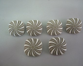 "Square Shank button Lot of 6 white with gold sunburst highlights. Large 15/16"""" (23mm)"