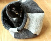 Felted cat cave / cat bed / cat house