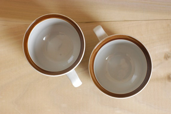 Vintage Stoneware Coffee Tea Mugs Cups