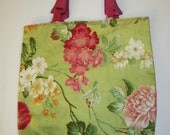 Wood handled tote with floral print