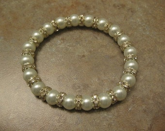 pearl bracelet, white bracelet, pearl jewelry, pearls, white glass pearl, crystal stretch bracelet, rhinestones bracelet