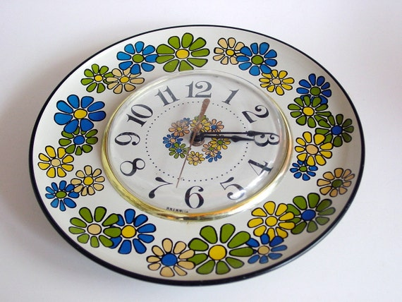 Vintage Spartus Flower Power Wall Clock