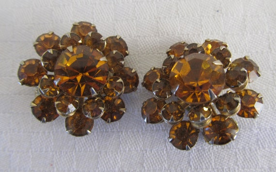 Vintage Amber Glass Cluster Clip On Earrings - 1940s