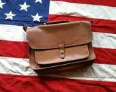 Vintage Vinyl Tan w/Brass Hardware Laptop Case.