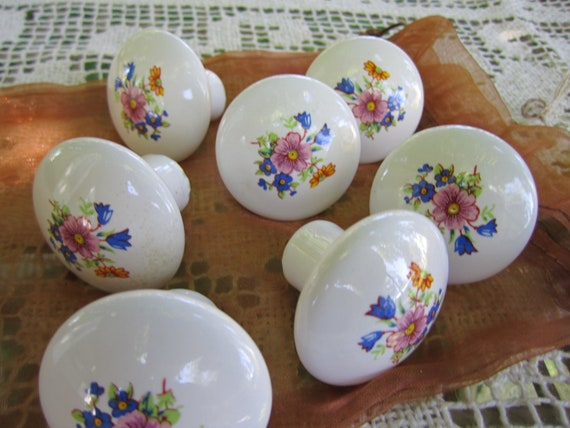 Reserved for Maude Porcelain knobs