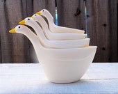 Set of Geese or Swan Measuring Cups Set, White Plastic Kitchen Tools