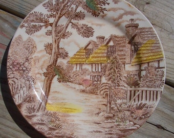 Vintage Stratford Plate, Cottage scene
