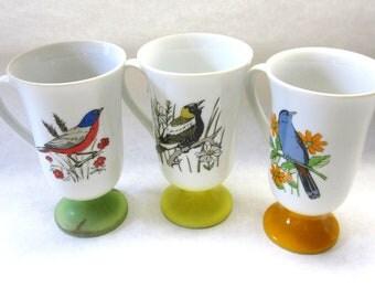 Pedestal Coffee Cups Mugs Bird Motif White Orange Green Yellow Robin Meadowlark Blue Jay