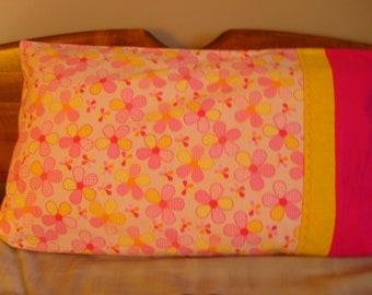 Daisy Design - Pillowcase, Standard, Flannel, Pair