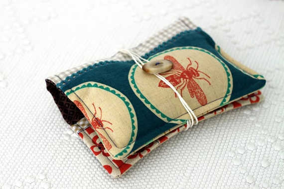 Zakka style travel sewing kit, embroidery kit, pin cushion, sewing kit. Linen and selected designers fabrics. Ready to ship.