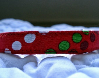 "Deck the Dots Eco Holiday Cat Collar (8""-12"")"