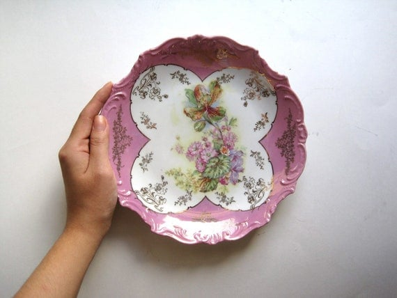 """Vintage Iridescent Pink Floral Serving Plate // 8 5/8"""""""