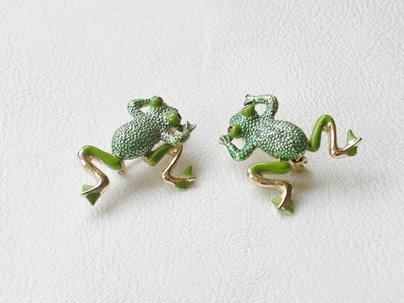Green Enamel Frog Pins, Brooches, With Movable Legs, Vintage - EVE