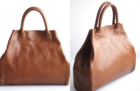 Oversize Leather Work Tote Bag in Cognac AVENUE