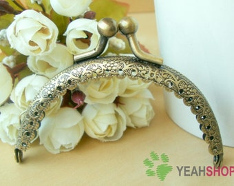 Half Round Lace-edge Embossed Purse Frame - 8.5cm / 3.3 inch (PF85-42) - Choose One Color