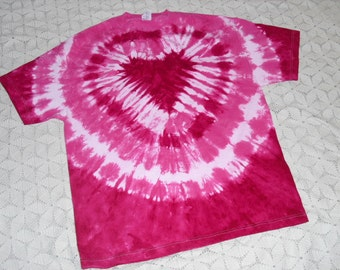 tie dye shirt, pink and fuchsia heart, Valentine's Day