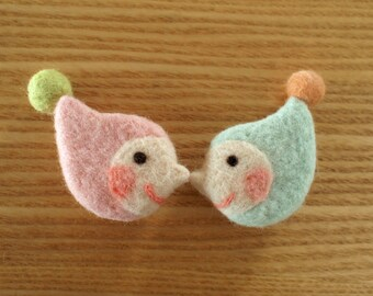 Pair of Felt Brooch - Little Twins