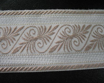1 Yard - VINTAGE EMBROIDERED RIBBON -
