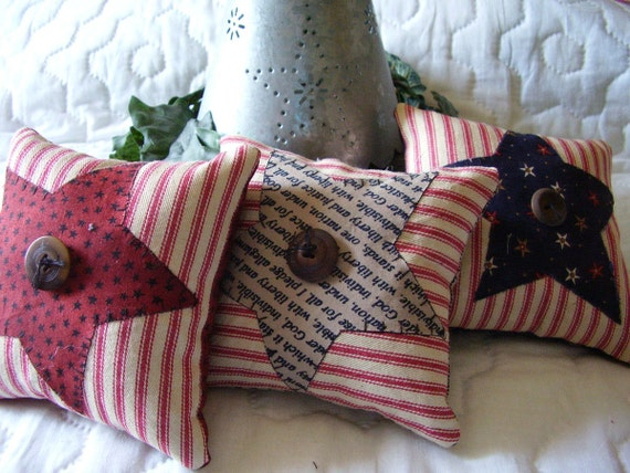 Star Primitive Pillows, Tucks, Americana Farmhouse Bowl Filler Ornie Flag