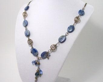 Lovely Blue Feldspar/Labradorite Stone and Silver Plate Twist Necklace