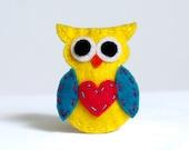 cute handmade hair clip yellow Owl