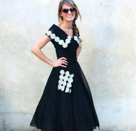 Black and white 1950s cocktail dress- 50s full skirt tea length dress- medium