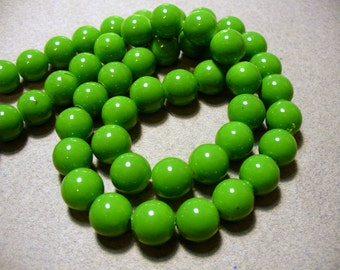 Glass Beads Green  Round 10MM