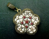 Floral Antique Brass & Polymer Clay Pendant with Gemstone - PND-BGE-5194