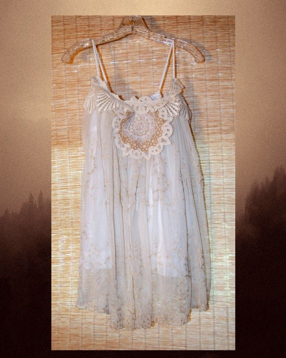 White Camisole Romantic Doiley Lace Blouse Top S M Beige Casual Bohemian Boho Wedding