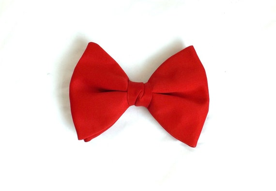 vintage 1970s Red Jumbo Clip On Bow Tie / Red Bow Tie