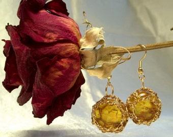Amber Florist Marble Earrings