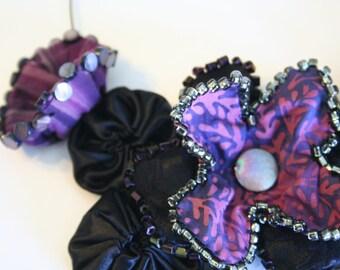 Statement Necklace, Elegant Bib Necklace, Fabric Flower Jewelry, Black Purple Choker, Evening Wear, Wearable Art, Unique Textile Jewelry