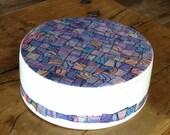 Unique ceramic cookie box jar. Artwork by Dutch Artist Hennie Vos, Philadelphia, Schoonhoven Keramiek