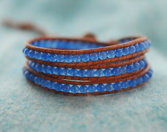 Inspired 3x leather wrap bracelet with blue agate on brown leather (B190)
