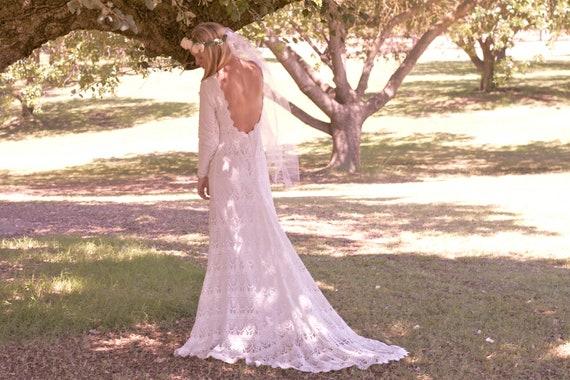"Vintage Wedding Dress Backless Crochet Lace Ivory Cream White Long Sleeve Bohemian Low Back - ""Lola"""