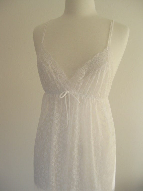 Vintage White Sheer Lace Nightgown Sz M