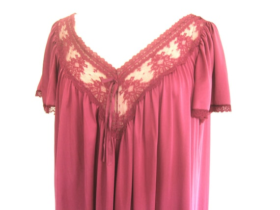 CLEARANCE Vintage Magenta Shift 1970s One Size