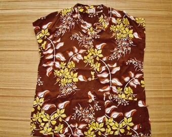 Ladies Vintage 50s Waikiki Sports Tea Timer Rayon Hawaiian Aloha Shirt - S - The Hana Shirt Co