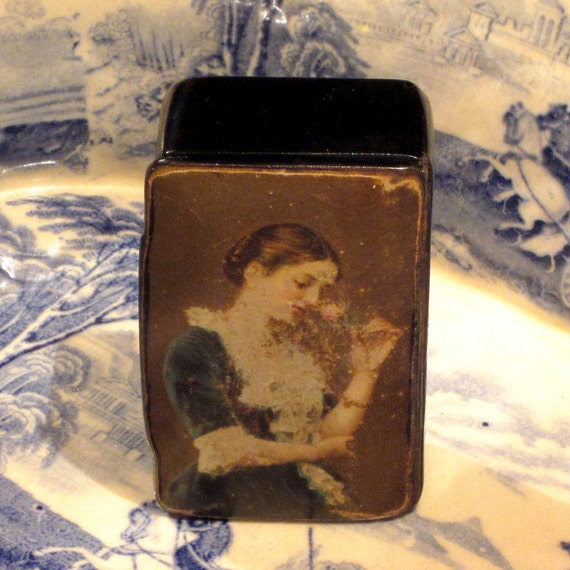 Antique Victorian Papier Mache Snuff Box